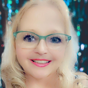 Aprildawn S., Care Companion in Pewaukee, WI with 15 years paid experience