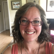 Elizabeth D. - Belton Pet Care Provider