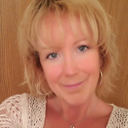 Nicole J. - Burlington Babysitter