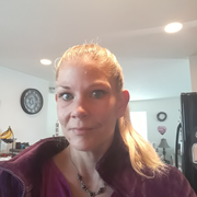 Karen J., Pet Care Provider in Mount Vernon, WA with 1 year paid experience