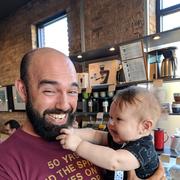 Andrew M. - Chicago Babysitter