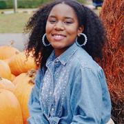 Amayah E. - Selma Babysitter