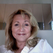 Linda C., Pet Care Provider in Hobe Sound, FL 33455 with 1 year paid experience