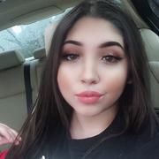 Lauren R. - Chino Babysitter