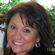 Leila G., Pet Care Provider in Bluff City, TN with 1 year paid experience