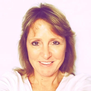 Kelly M. - Henniker Pet Care Provider
