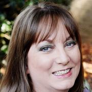 Laurie W. - Hixson Pet Care Provider