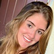 Elizabeth C. - Hollywood Babysitter