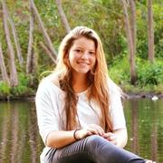 Chloe W. - Wausau Babysitter