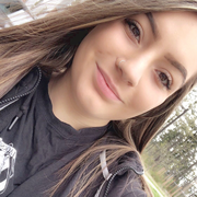 Adrianna H. - University Place Babysitter