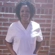 Sheshona F. - Bronx Babysitter