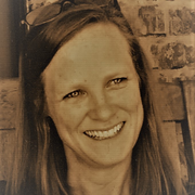 Kimberly T. - Auburn Nanny