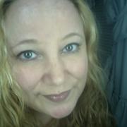 Stephanie T. - Paris Pet Care Provider