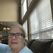 Suzanne B., Care Companion in High Ridge, MO 63049 with 14 years paid experience