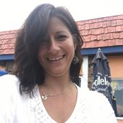 Angela S. - Bellevue Babysitter