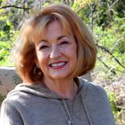 Kathy M. - Paris Pet Care Provider