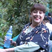 Debi G. - Los Angeles Babysitter