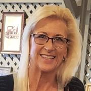 Lisa L. - Crystal Lake Babysitter