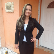 "Tania P. - Hialeah <span class=""translation_missing"" title=""translation missing: en.application.care_types.child_care"">Child Care</span>"