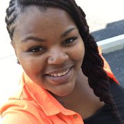 Angela M., Care Companion in Chicago, IL with 4 years paid experience