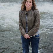 Mindy A. - River Falls Babysitter