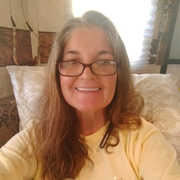 Angela G., Care Companion in Elizabethton, TN with 20 years paid experience