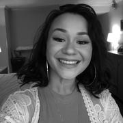 Janelle M. - Destin Babysitter