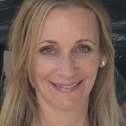 Carolyn F. - Sacramento Pet Care Provider