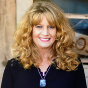 Lisa O., Care Companion in Hampstead, NC 28443 with 8 years paid experience