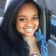Yasmeen B. - Omaha Babysitter