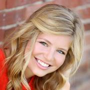 Ellie N. - Eden Prairie Babysitter