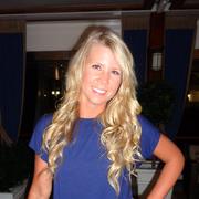 Lauren V. - Norwalk Babysitter