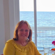 Beth W., Care Companion in Saint Petersburg, FL with 20 years paid experience