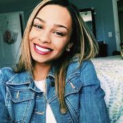 Jaelyn B. - Riverside Babysitter