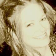 Michelle S. - Olympia Babysitter