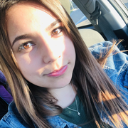 Daniela Z., Babysitter in San Mateo, CA with 4 years paid experience