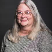 Lynda E. - Lawton Pet Care Provider