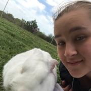 Lauren M. - Topeka Pet Care Provider