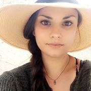 Isabella O. - Santa Cruz Pet Care Provider