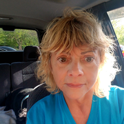 Linda C J., Pet Care Provider in Kingsport, TN with 30 years paid experience