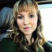 Elise M. - Bennington Babysitter