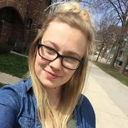 Sarah B. - Chicago Babysitter