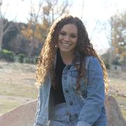Roxanne H. - Buena Park Babysitter