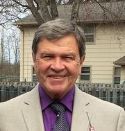 Robert B. - Green Bay Pet Care Provider