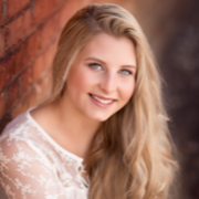 Kirsten B. - Iowa City Babysitter