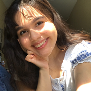 Lorena V. - Copiague Babysitter