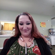 Linda N., Care Companion in Lawton, OK with 20 years paid experience