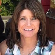 Carolyn M. - Lincoln Babysitter