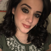 Mayra R. - Austin Babysitter
