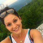Alexandra D. - Greenvale Babysitter